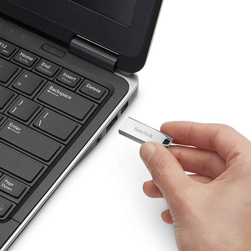 SanDisk Cruzer Force Flash Drive (USB 2.0)